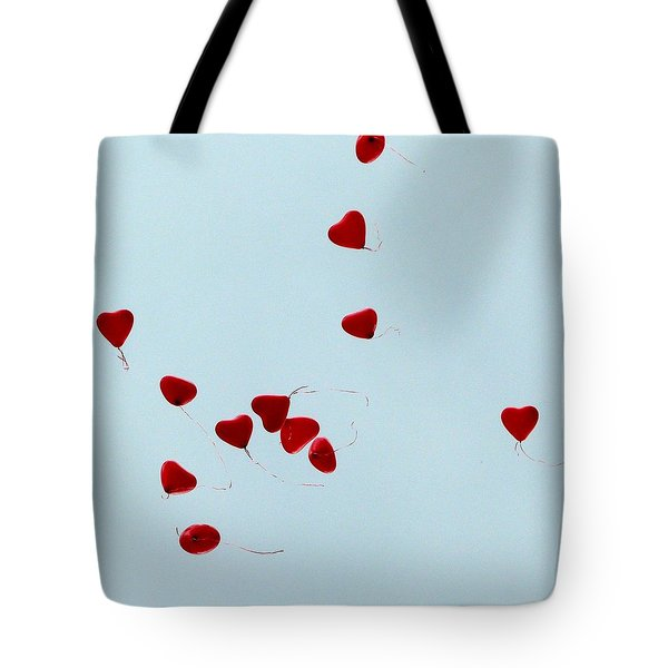 Heart Balloons In The Sky Tote Bag