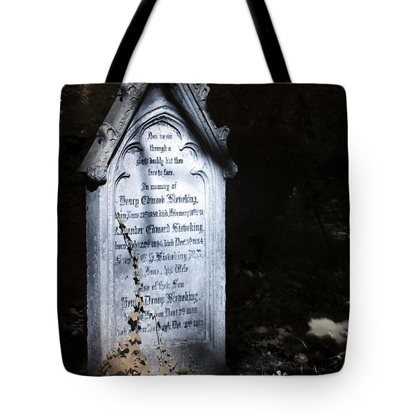 Tote Bag featuring the photograph Hedera by Helga Novelli