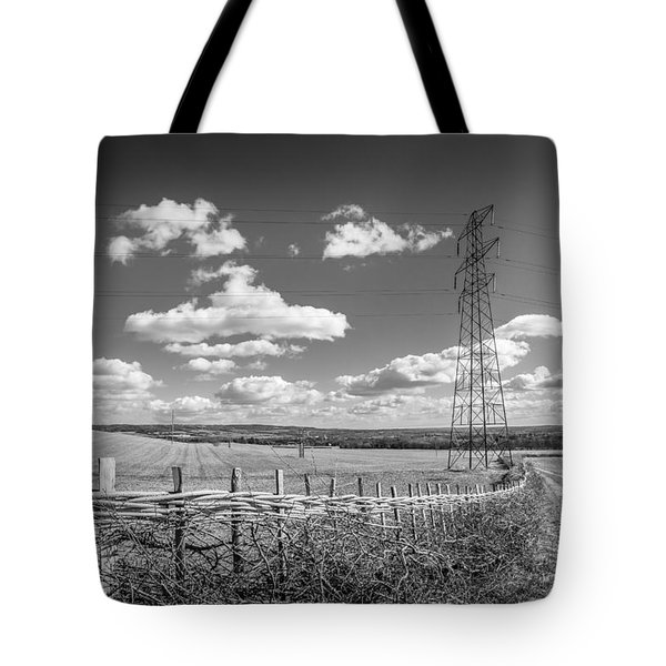 Hedge Laying. Tote Bag