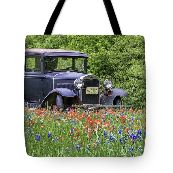 Tote Bag featuring the photograph Henry The Vintage Model T Ford Automobile by Robert Bellomy