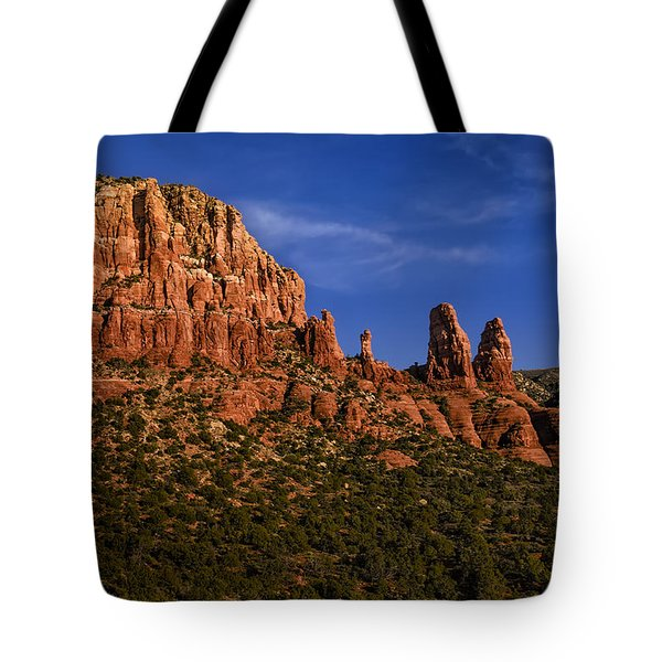 Tote Bag featuring the photograph Her Majesty by Mark Myhaver