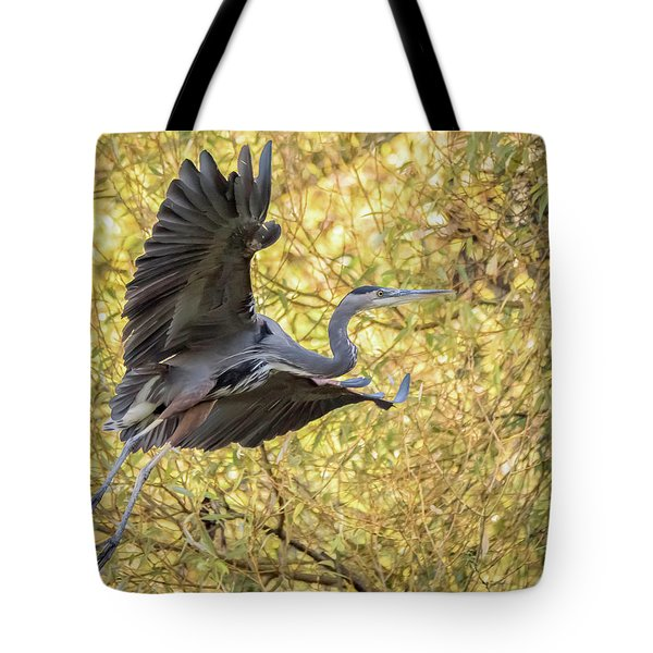 Heron In Flight Tote Bag