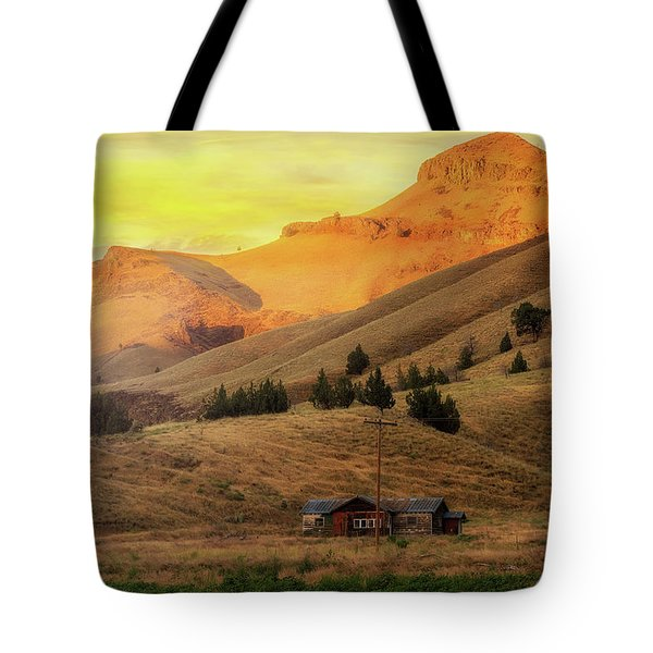 Home On The Range In Antelope Oregon Tote Bag by David Gn