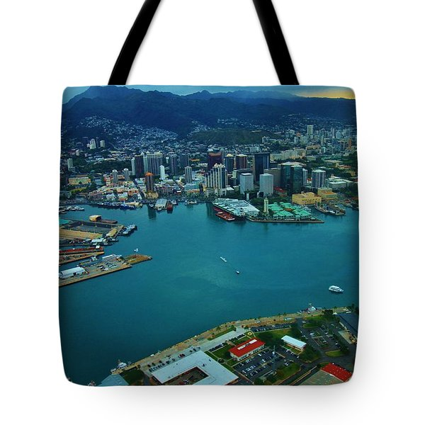 Honolulu Waterfront At Dawn Tote Bag