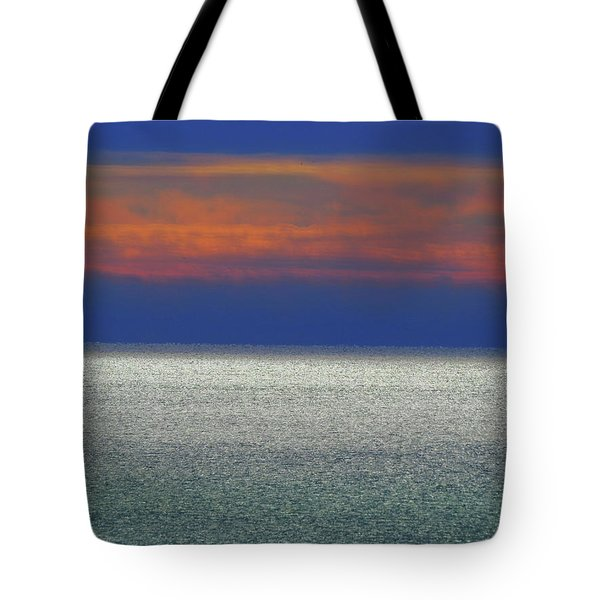 Tote Bag featuring the photograph Horizontal Sunset by Kathleen Illes