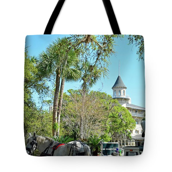 Horse And Carriage At Jekyll Island Club Hotel Tote Bag by Bruce Gourley