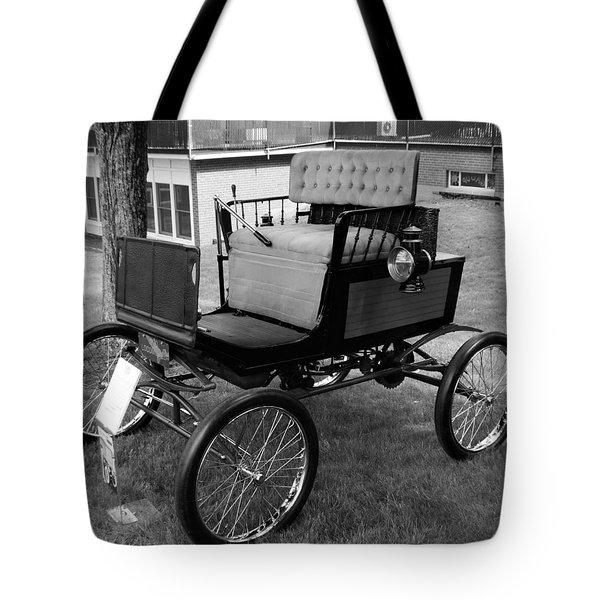 Horseless Carriage-bw Tote Bag