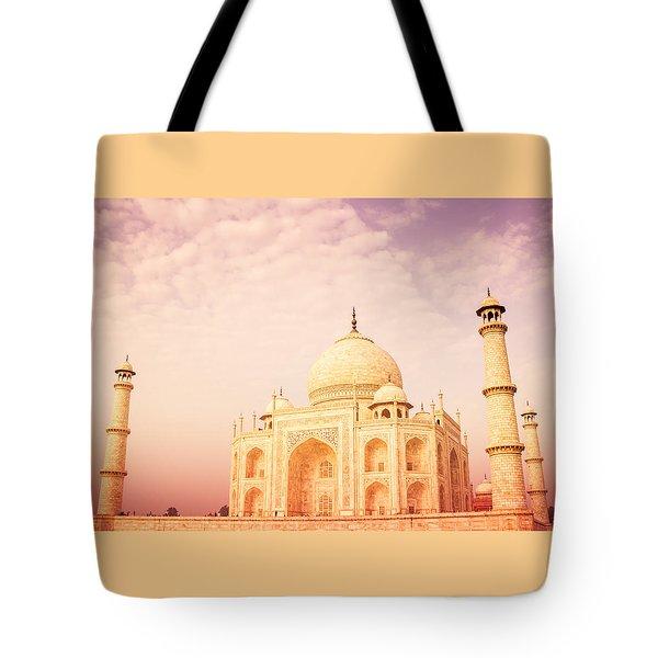 Hot Taj Mahal Tote Bag