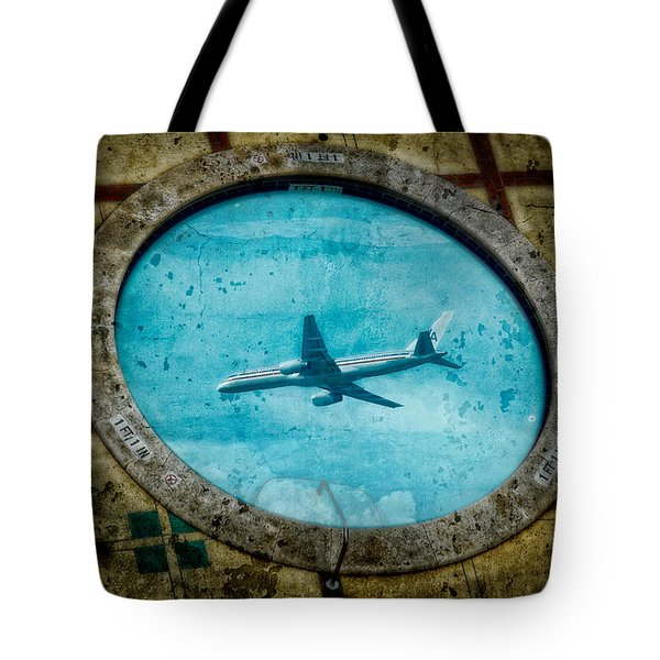 Tote Bag featuring the photograph Hot Tub Flight by Harry Spitz