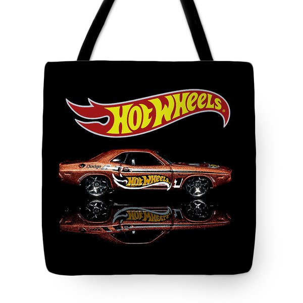 Hot Wheels '70 Dodge Challenger Tote Bag