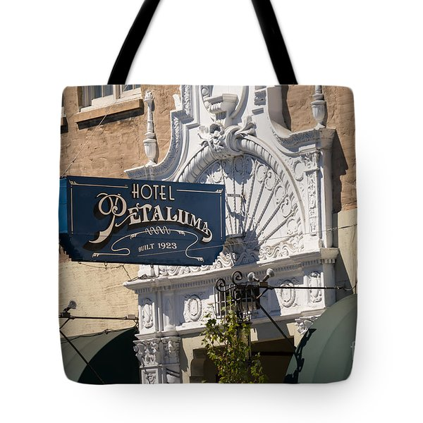 Hotel Petaluma In Petaluma California Usa Dsc3861 Tote Bag
