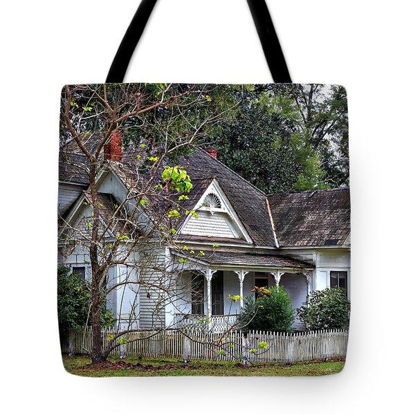House With A Picket Fence Tote Bag