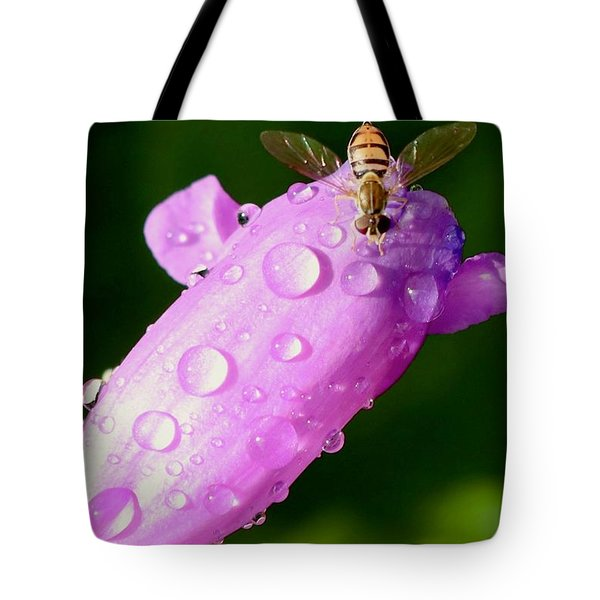 Hoverfly On Pink Flower Tote Bag