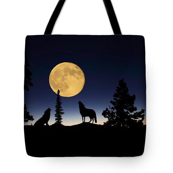 Howling At The Moon Tote Bag