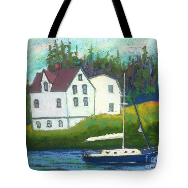 Hubbard's Coach House Tote Bag
