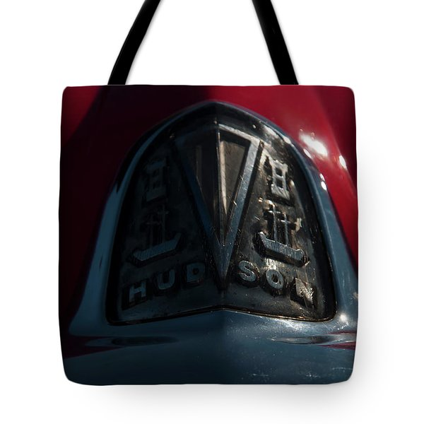 Tote Bag featuring the photograph Hudson Headbadge by Chris Flees