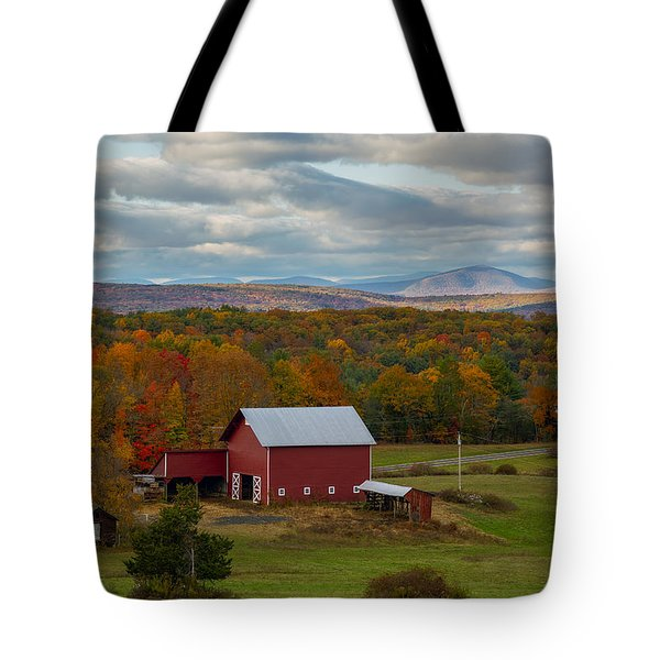 Hudson Valley Ny Fall Colors Tote Bag