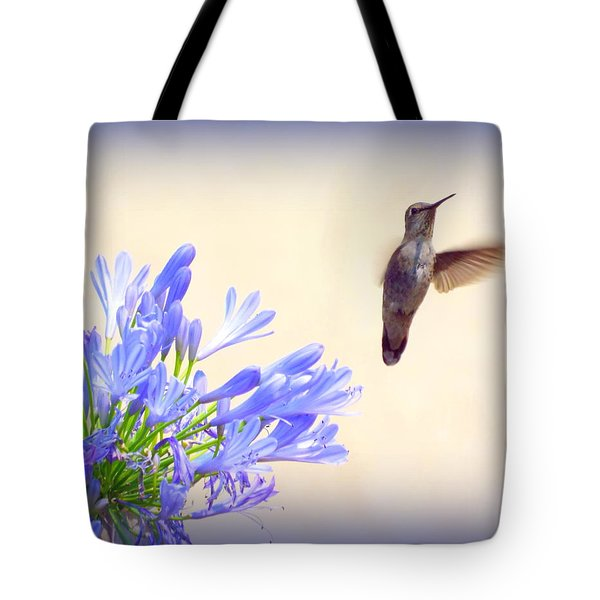 Hummer In Blue Tote Bag
