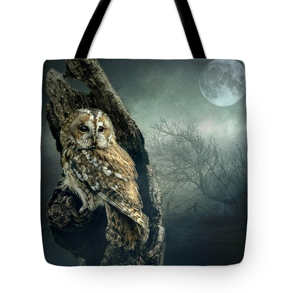 Hunter's Moon Tote Bag
