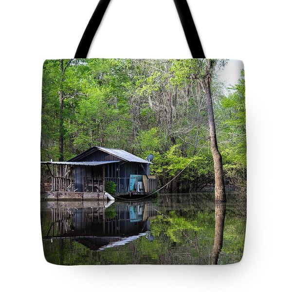 Hunting And Fishing Cabin Tote Bag