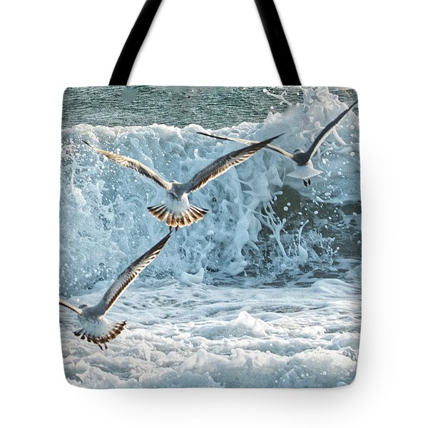 Hunting The Waves Tote Bag