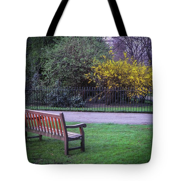Hyde Park Bench - London Tote Bag