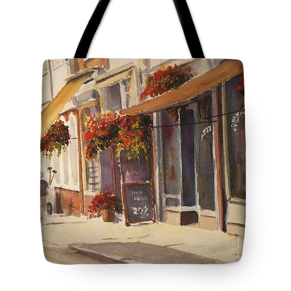 Tote Bag featuring the painting Hythe High Street by Beatrice Cloake