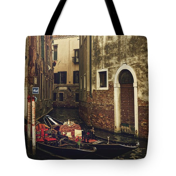 I Can Feel The Memories Tote Bag