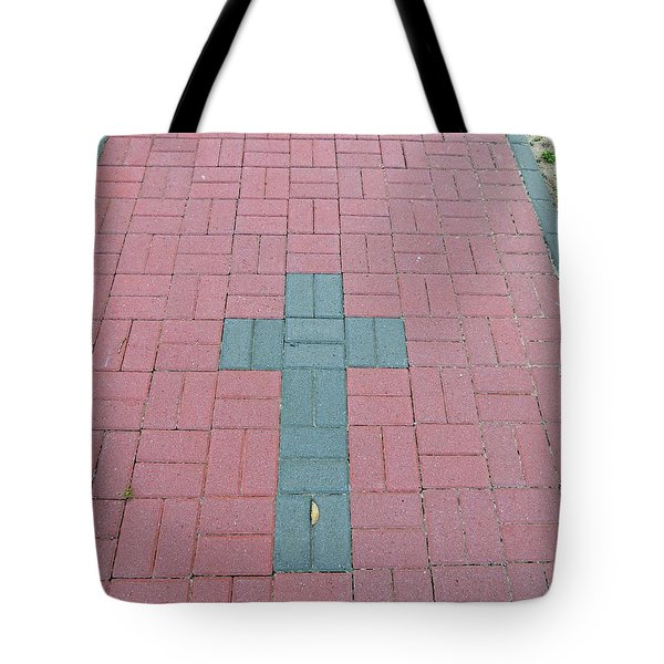 Tote Bag featuring the photograph I Got You by Aaron Martens