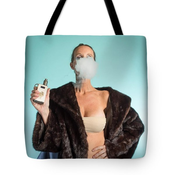 I Love To Vape Tote Bag by Lisa Piper