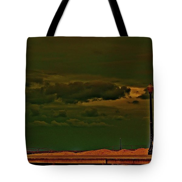 I See The Light. Tote Bag