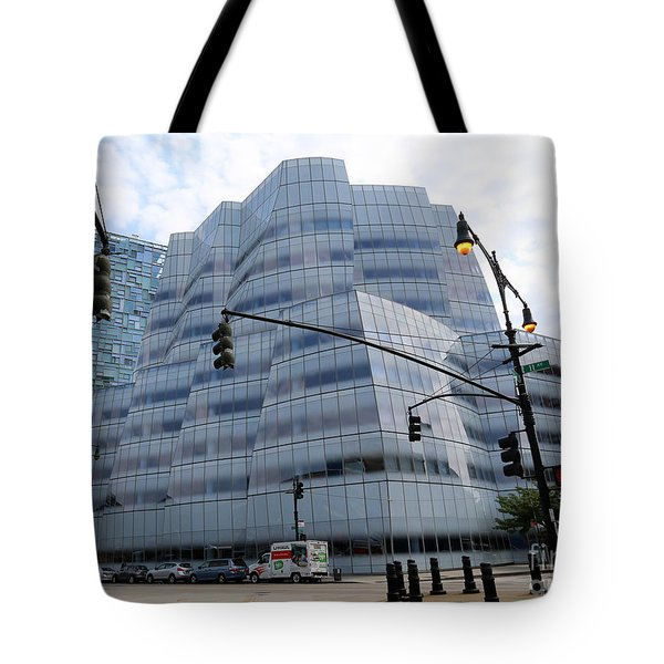 Iac Building By Frank Gehry In Chelsea Tote Bag