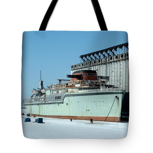 Ice Fishing On Lake Erie Tote Bag