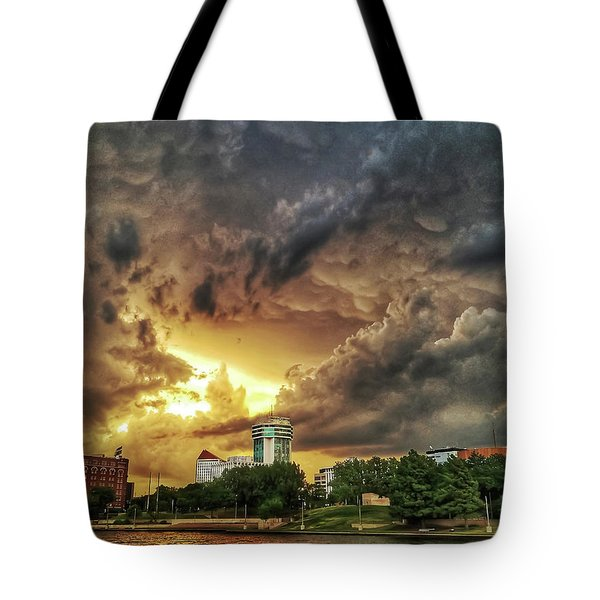 Ict Storm - From Smrt-phn L Tote Bag