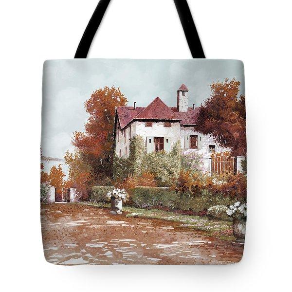 Il Palazzo In Autunno Tote Bag