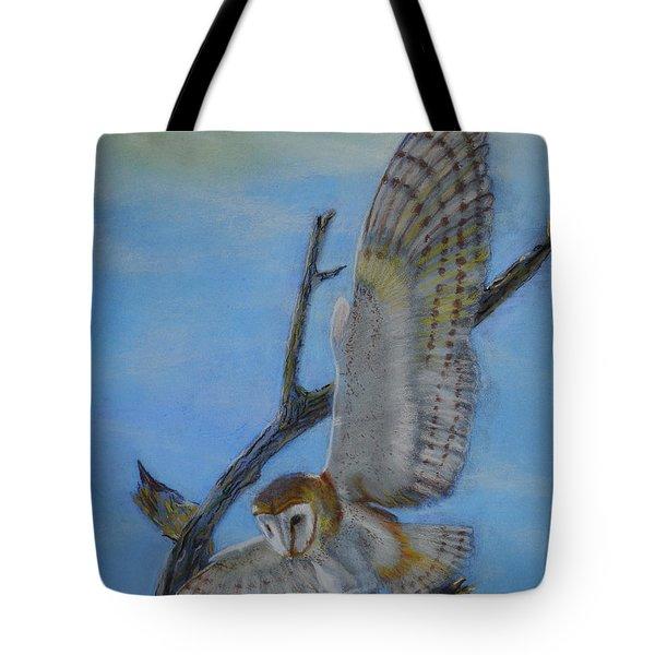 In Flight Barn Owl Tote Bag