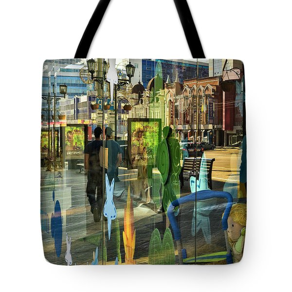 Tote Bag featuring the photograph In The City by Vladimir Kholostykh