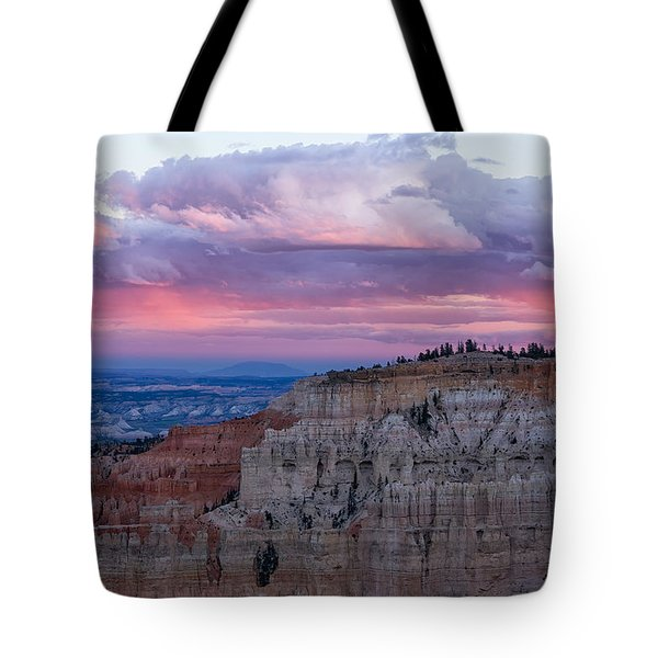 Tote Bag featuring the photograph Inspiration Point Sunset by Patricia Davidson