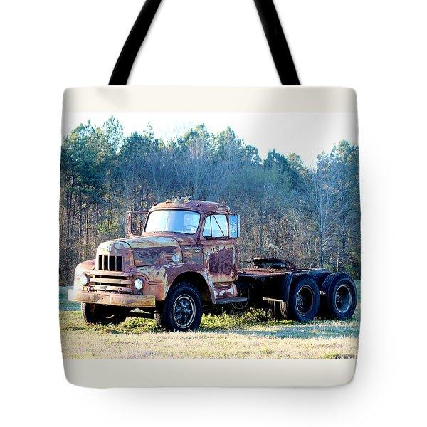 International Harvester R200 Series Truck Tote Bag