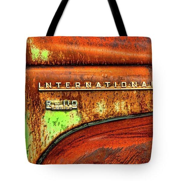 International Mcintosh  Horz Tote Bag