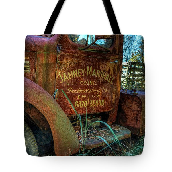 Tote Bag featuring the photograph International Truck by Jerry Gammon