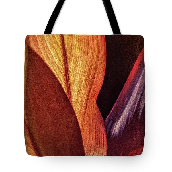 Interweaving Leaves I Tote Bag