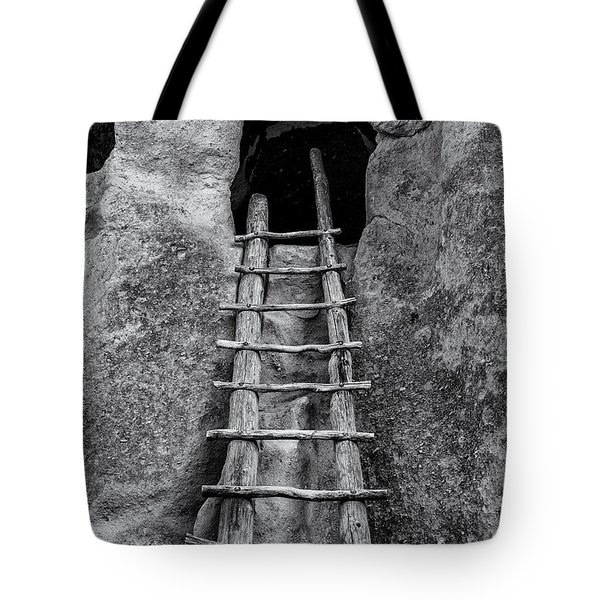 Into The Alcove Tote Bag by Gary Lengyel