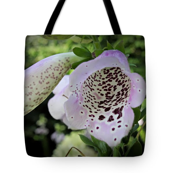 Tote Bag featuring the photograph Into The Center by Cendrine Marrouat