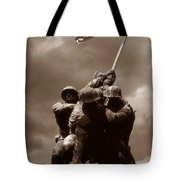 Iwo Jima War Memorial Washington Tote Bag