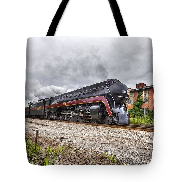 J611 Steaming Through Bedford Tote Bag