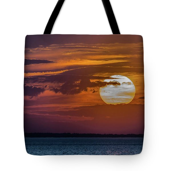 James River Sunset Tote Bag by Jerry Gammon