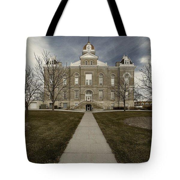 Jefferson County Courthouse In Fairbury Nebraska Rural Tote Bag