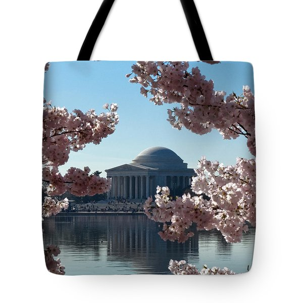 Jefferson Memorial At Cherry Blossom Time On The Tidal Basin Ds008 Tote Bag