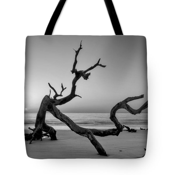 Jekyll Island Driftwood In Black And White Tote Bag